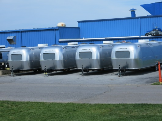 Business trailers (no windows on road side)